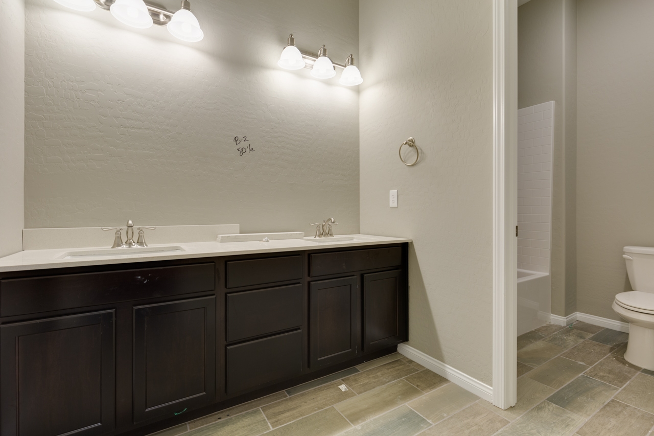 Builder closeout brand new home by richmond american 33 of 42 4 3 featured dailygadgetfo Images